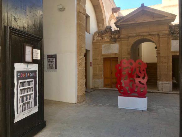 """ARTE: a Marsala omaggio all'architettura di Pietro Consagra, la scultura come """"divertimento del vivere"""""""