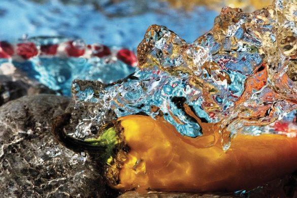 """FOTOGRAFIA: a Londra """"Water Natures"""", la luce del Mediterraneo negli scatti di Koporossy"""